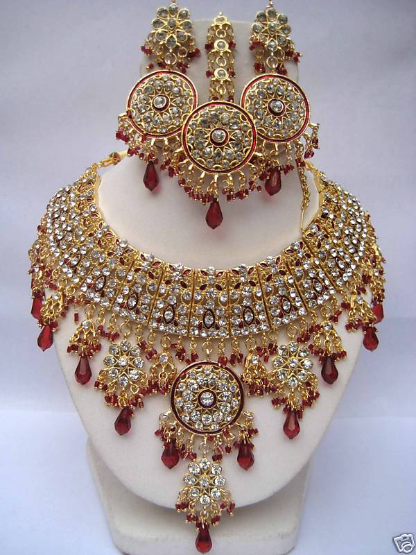Indian bridal Jewellery Designs - Latest Bridal necklaces