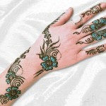 Latest designs of glitter mehndi – Bridal glitter henna