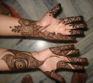 Latest-Gorgeous-Pakistani-Mehndi-Designs-2012