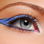 Fashion make-up - Blue arrow