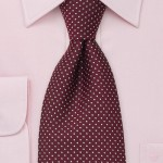 Patterned neck tie 10