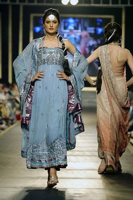 Bridal collection by Deepak Parwani15-Latestasianfashions.com
