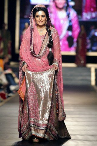 Bridal collection by Deepak Parwani5-Latestasianfashions.com