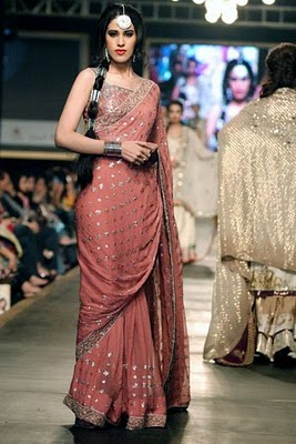 Bridal collection by Deepak Parwani6-Latestasianfashions.com