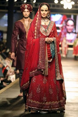 Bridal collection by Deepak Parwani9-Latestasianfashions.com