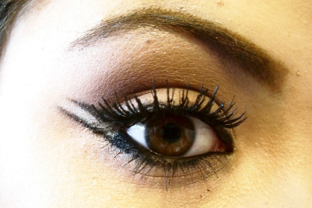 Arabic inspired liner style. Eye makeup for bridals.
