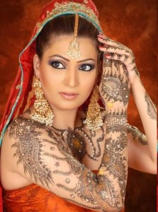Bridal Mehndi Latest Designs Trend 2012