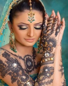 Indian Mehndi Designs 2012 For Bridals