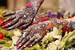 Latest Amazing Stone Studded Mehndi Designs