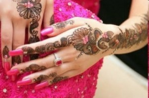 Latest Arabic Mehndi Designs girls For Hands 2012