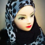 Latest Scarf Trends For Girls
