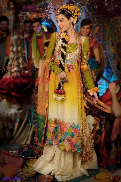 Mehndi Bridal Dress : Bridal mehndi dresses pakistani mayoon jewelry
