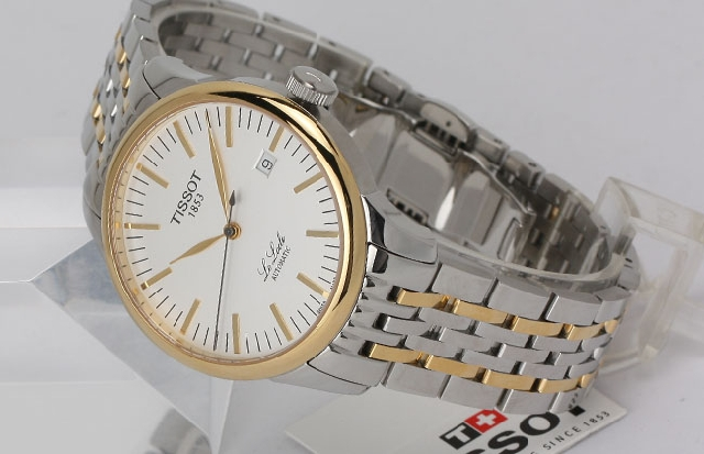 Branded and stylish wrist watches