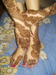 Hand and feet bridal mehndi