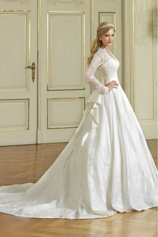 fish style wedding gown designs