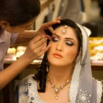 walima bride with light makeup
