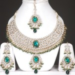 Latest trends in kundan jewelry