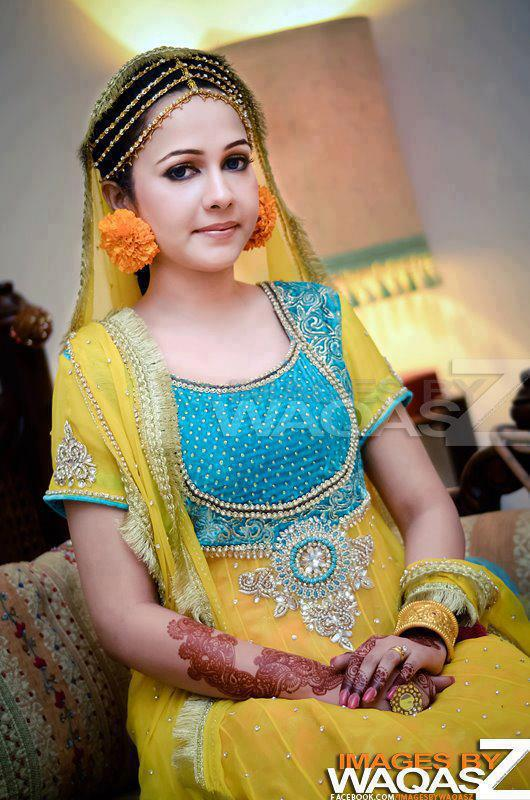 Pakistani bridal mehndi dresses 2013 bridal mehndi dress designs