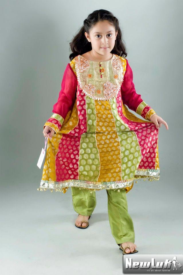 Traditional pakistani dresses for kids new dress designs for Wedding dresses for child