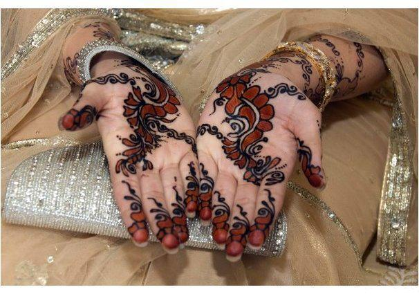 Bridal Mehndi On Foot : Bridal mehndi design u ozyle