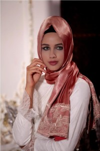 Plain silk hijab designs