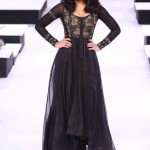 designers maxi style dresses in pakistan