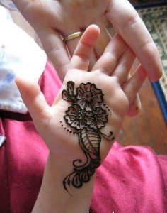 Floral mehndi designs for kids