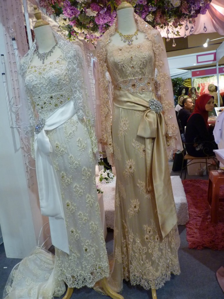 Malaysian bridal dresses 2013 malaysian wedding dresses for Purchase wedding dress online
