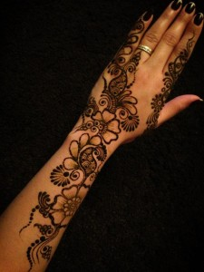 Henna mehndi designs for girls