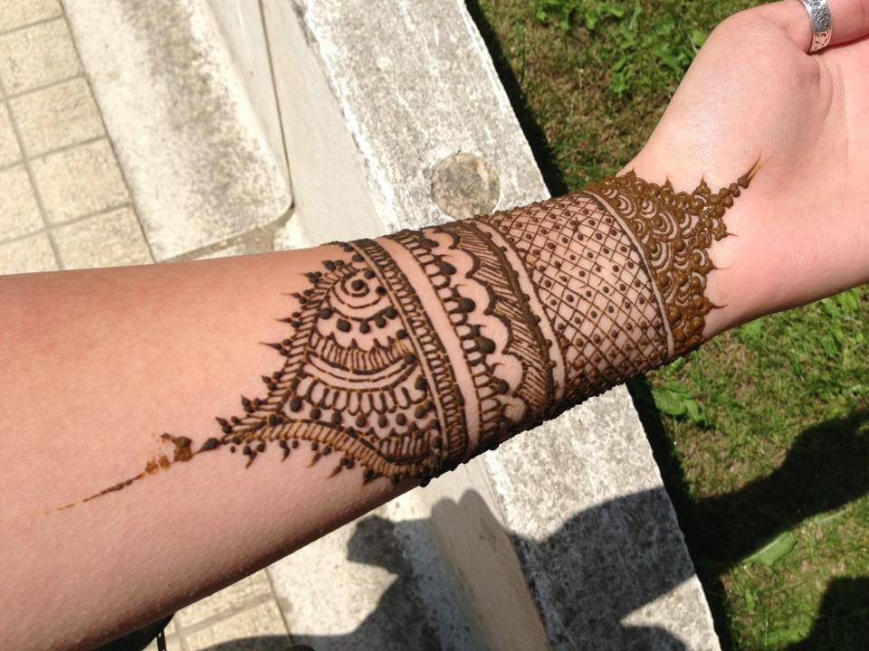 Mehndi For Wrist : Henna mehndi designs eid for girls