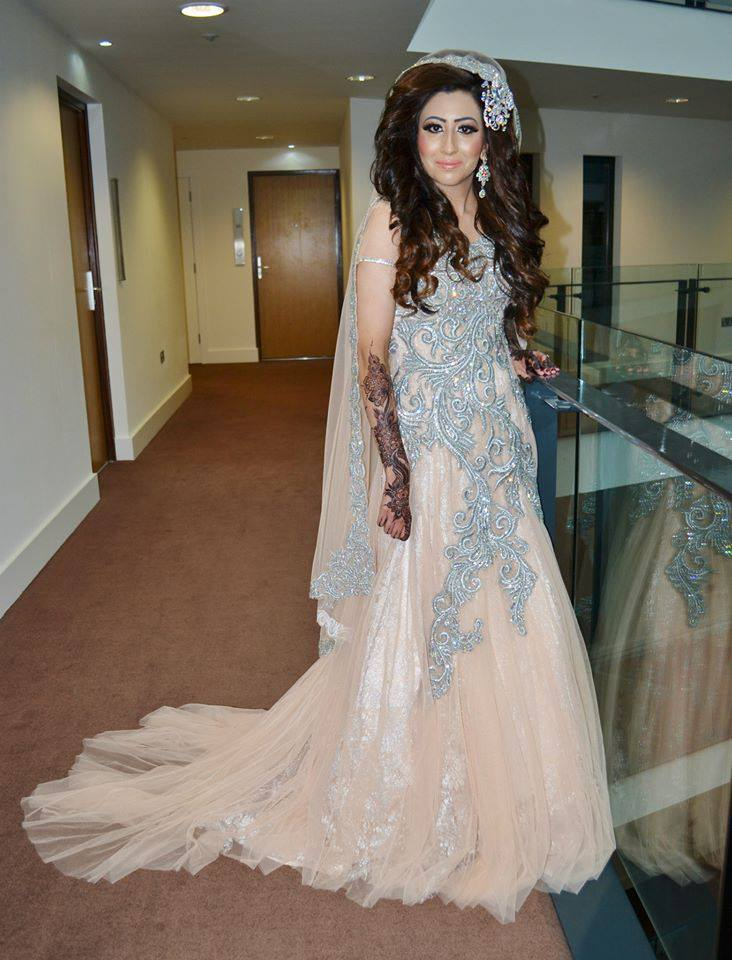 Buy pakistani wedding dresses online