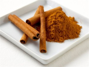 cinnamon mask for treating scars on face