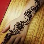 Beautiful mehndi designs for girls 2014