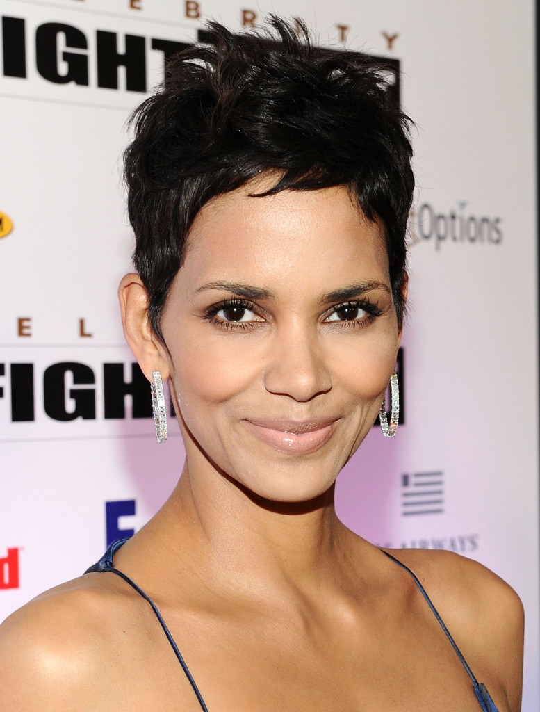 Halle Berry short pixie hairstyles of celebrities