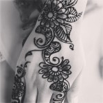 Latest arabic mehndi for girls
