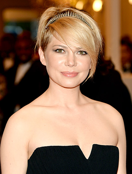 Michelle Williams pixie with bangs for women