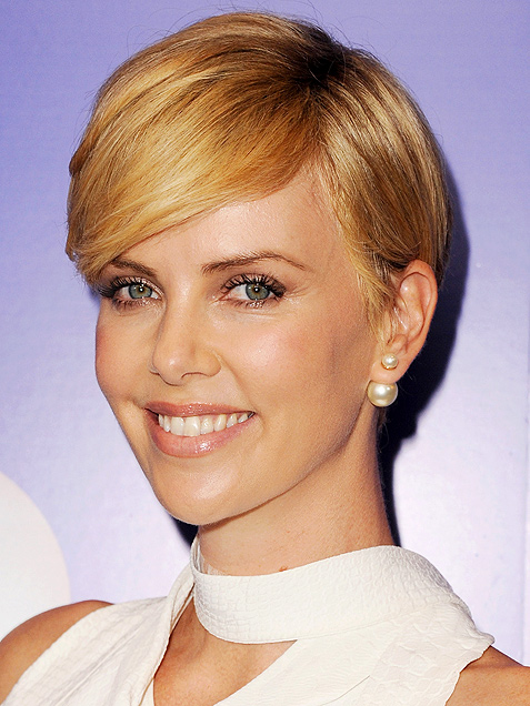 latest pixie hairstyle of charlize theron
