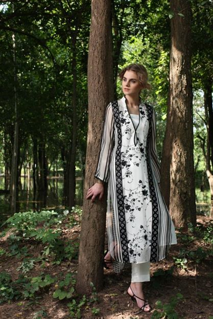 casual dresses by threads and motifs