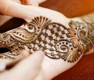Latest henna pattern