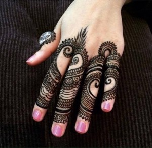 Stylish Mehndi Designs 2015