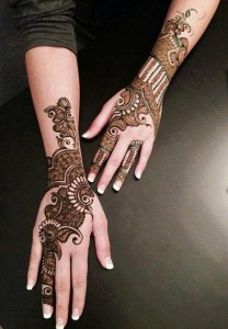 Download Latest Mehndi Designs 2015