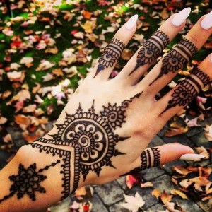 Stylish Mehndi Patterns 2015