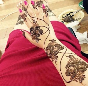Girls Eid Mehndi Design