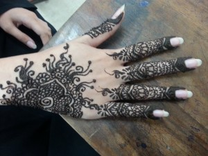 Best mehndi designs for pakistani girls