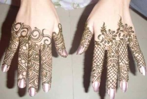 Cool Mehndi Deisgns for bridals