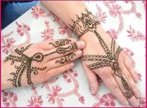 Easy Simple Mehndi Designs